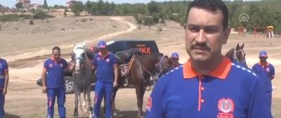 Türkiye'nin İlk Atlı Umke Timi