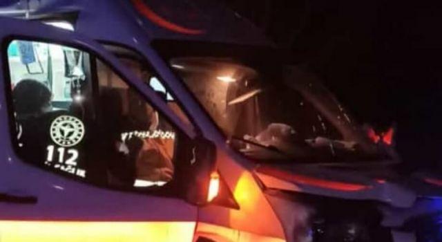 Vakaya Giden Ambulans Şarampole Devrildi