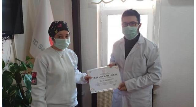Acil Tıp Teknisyeni Ebru BAYBURT' a Teşekkür Belgesi