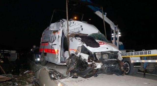 Ambulans Şöförü Hayatını Kaybetti