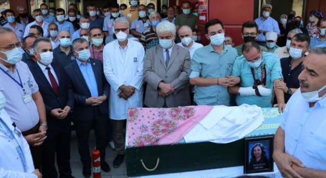 Balayı Yolunda Trafik Kazası Geçiren Laboratuvar Teknisyeni Hayatını Kaybetti