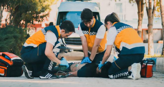 Paramedik Mezunları Atama Bekliyor