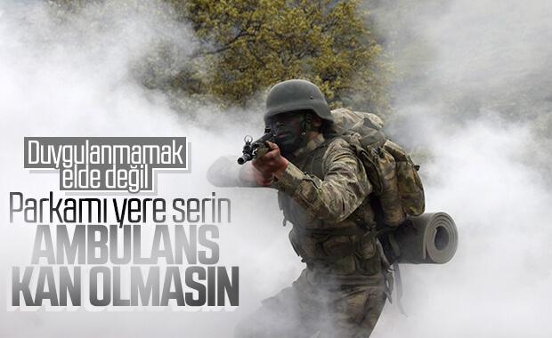 Ambulansı Kirletmek İstemeyen Türk Askeri