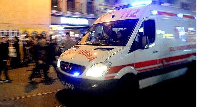 Bu da Oldu:Ambulansa Kurşun Yağdırdılar!