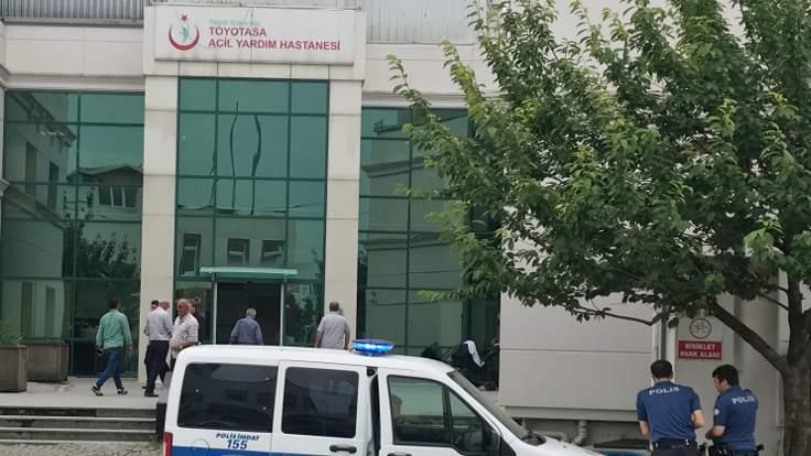 Sağlık çalışanlarına bıçaklı saldırı: Hasta yakınları gözaltına alındı