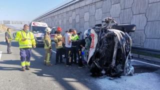 Ambulans 6 Metre Yüksekten Yola Düştü