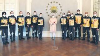 Emine Erdoğan, Paramediklerin Günlerini Kutladı
