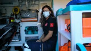 2 Kez Koronavirüse Yakalanan 26 Yaşındaki Acil Tıp Teknisyeni Yaşadıklarını Anlattı