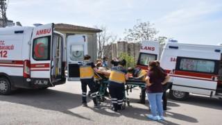 Hasta Taşıyan Ambulans İle Otomobil Çarpıştı