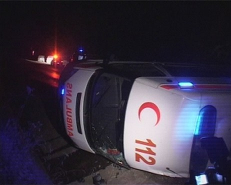 Yozgat Devlet Hastanesine ait Ambulans kaza yaptı