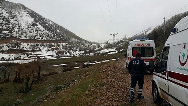 6 ambulans ve 5 UMKE ekibi bölgeye gidiyor