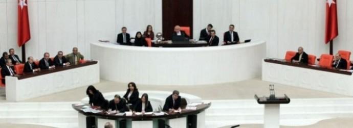 İYİ Partili ORAL 45/A'lı Sağlık Personeli'nin Durumunu Bakan Koca'ya Sordu