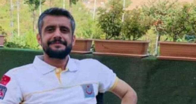 Acil Tıp Teknisyeni Balkondan Düşerek Hayatını Kaybetti