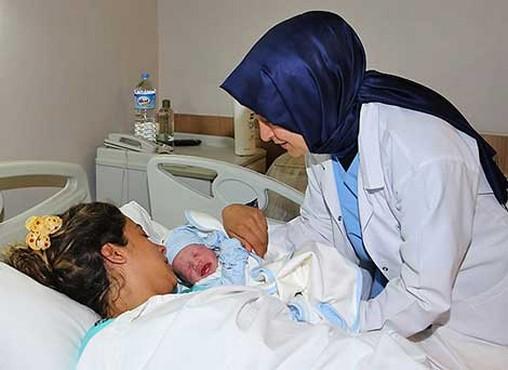 Sare Davutoğlu o doğumu yaptırmak için Gaziantep'te
