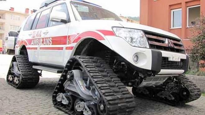 Paletli ambulanslar Hakkari'de umut oldu